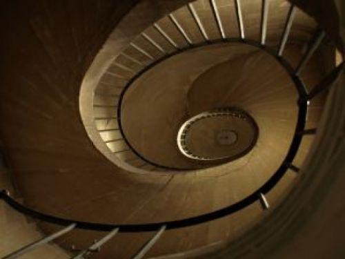 escalier en colimaçon spirale sans fin