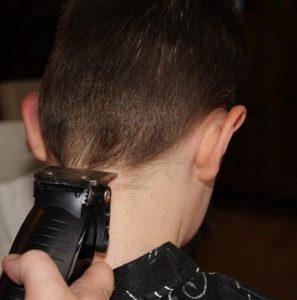 coupe cheveux homme garçon tondeuse