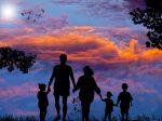 Peut-on être un bon parent sans trop dépenser ?
