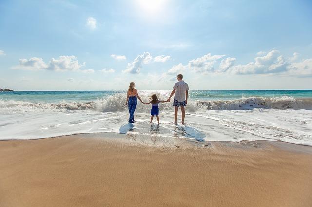 Voyager pas cher: séjour tout compris ou vacances à la carte?